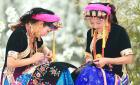 中网市场ChinaOMP.com_藏族编织手工艺术中的一朵瑰丽的奇葩