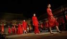 """中國網上市場ChinaOMP.com_強強聯手、學術研討、大秀上演……一場""""振興傳統工藝""""的理論與實踐"""