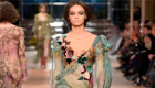 中网市场ChinaOMP.com_Alberta Ferretti: 重新讲述意式时尚,它华美又日常