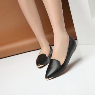 秋季新款女单鞋欧洲站品?#24179;?#23646;包头真皮新潮款