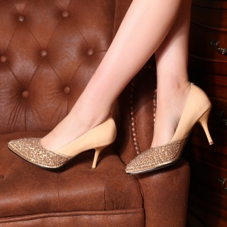 日韩?#30722;?#20018;珠水钻女士尖头浅口单鞋女鞋高跟平底鞋