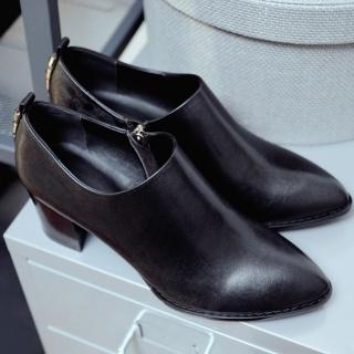 欧美新款靴牛皮粗跟短靴品牌真皮尖头女靴