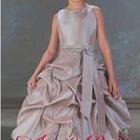 供应欧美高档儿童礼服,厂家直销,物美价廉