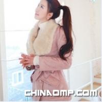 韩国爆款 Fiona粉色华丽毛领收腰系带风衣外套