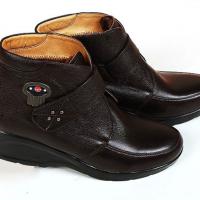 安德森微电子发热调温皮鞋