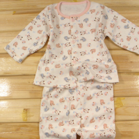 供应婴儿产品保暖带脚哈衣50-55